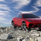 lamborghini-urus-front-right-side-view