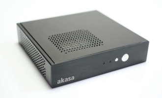 Mini sistem PC cu placa de baza AsRock Q1900TM-ITX