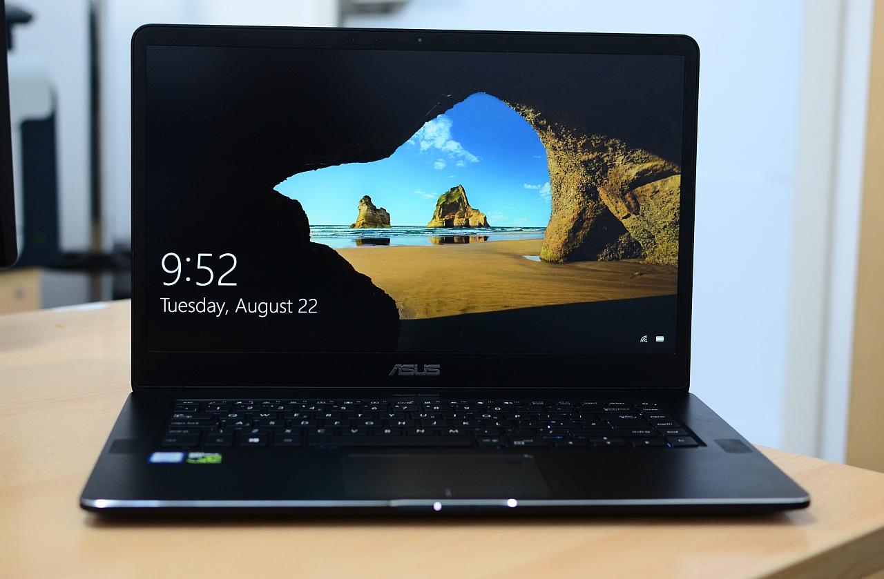ASUS Zenbook UX550V
