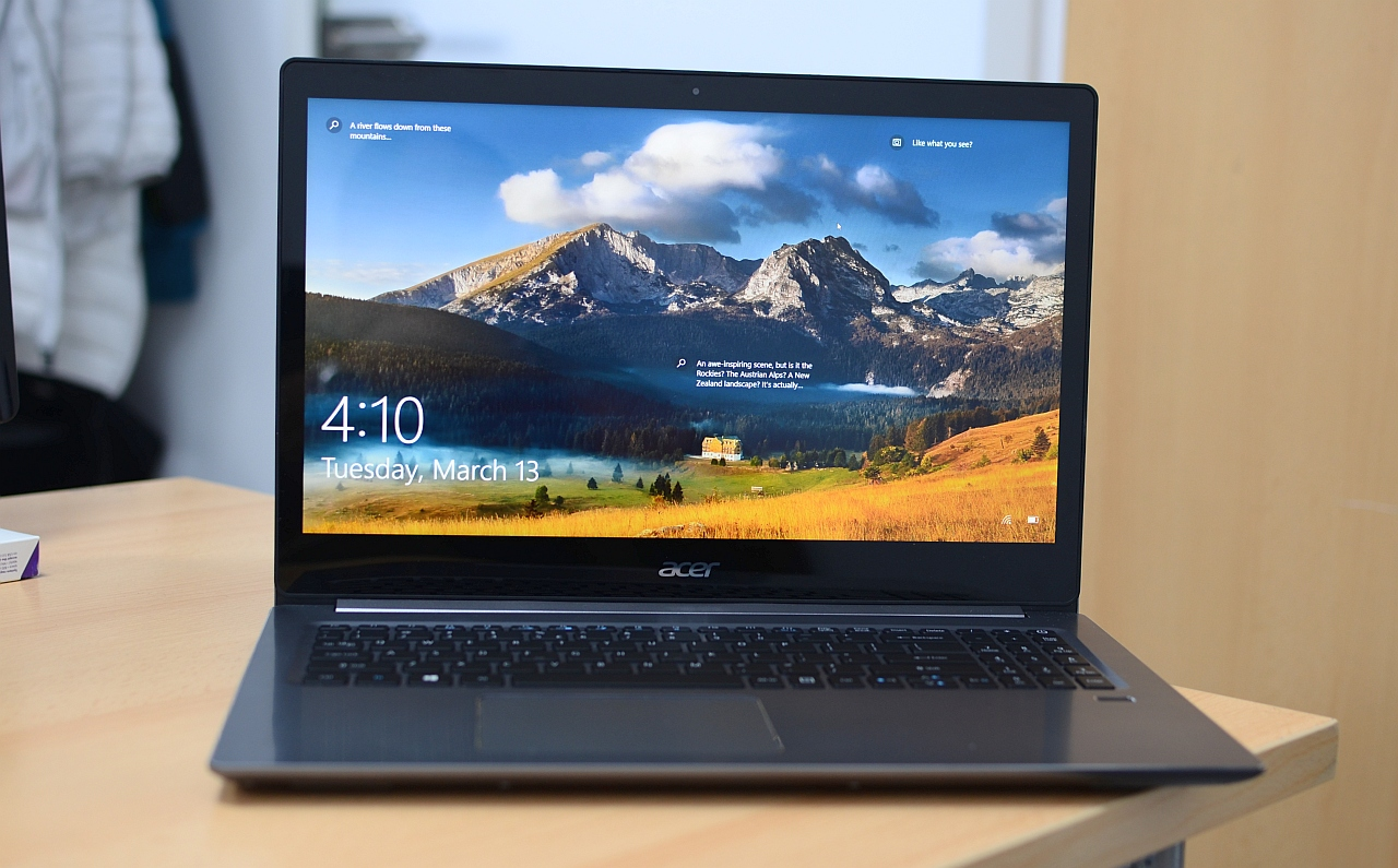 Acer Swift 3 2018 cu AMD